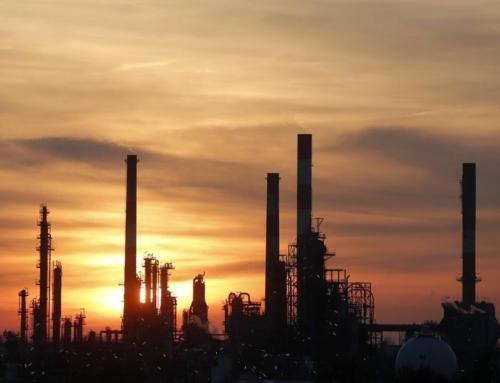 Tribune : Raffinerie Total de Grandpuits : greenwashing et casse sociale